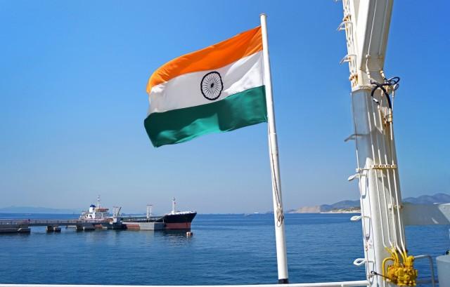 Ινδία: Νέα μέτρα για την ενίσχυση του εθνικού στόλου