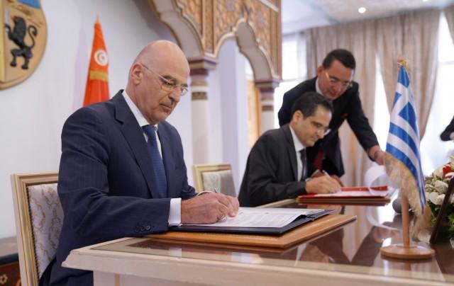 Ελλάδα – Τυνησία: Υπεγράφη η Συμφωνία Θαλασσίων Μεταφορών