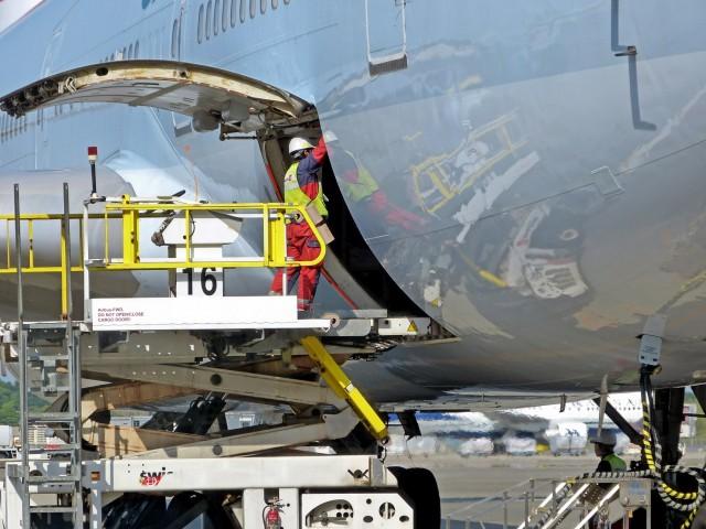 Αερομεταφορές: Σε κίνδυνο χιλιάδες θέσεις εργασίας
