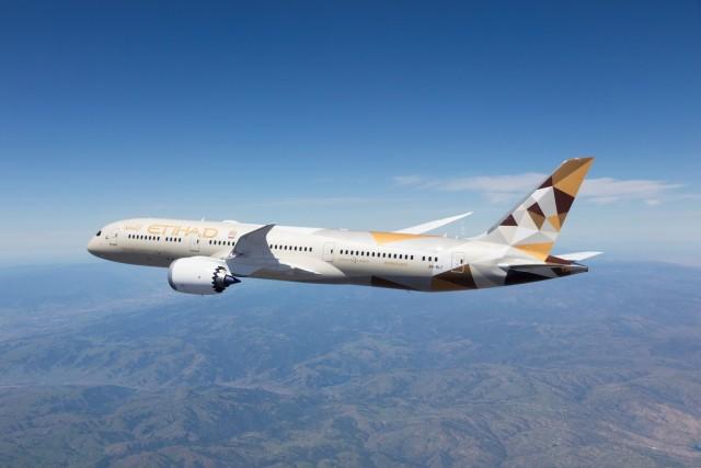 Εtihad Airways: στο ήμισυ οι τακτικές πτήσεις για το καλοκαίρι