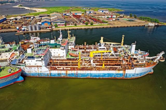 Ανακυκλώσεις πλοίων: H Ινδία «φλερτάρει» με την αγορά