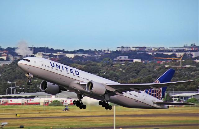 United Airlines: Δεν βλέπει άμεση ανάταση της ζήτησης