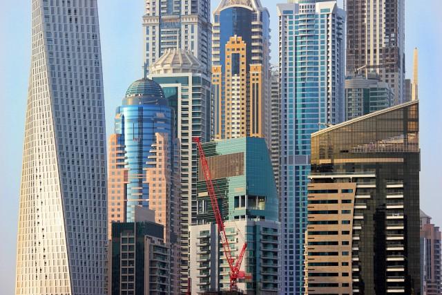 ΗΑΕ: Επενδυτική κοινοπραξία για ανάπτυξη της βιομηχανίας