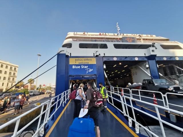 Αυξάνεται ο αριθμός των επιβατών στα πλοία