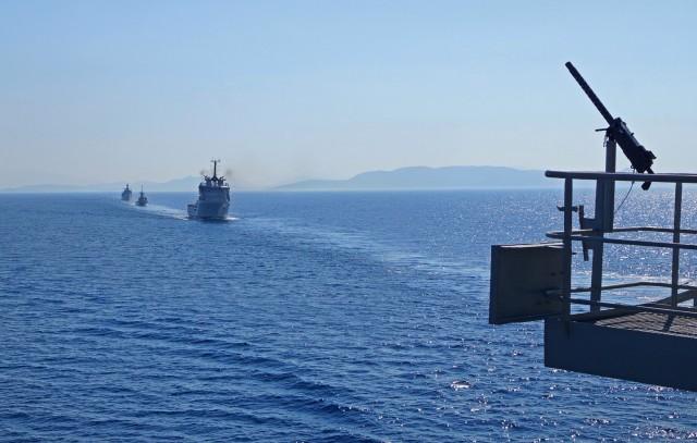 Στενή παρακολούθηση από το Πολεμικό Ναυτικό στο Oruc Reis