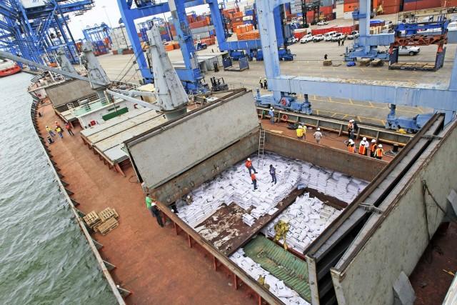 Ζάχαρη: H Ινδία καλοβλέπει τις διεθνείς αγορές
