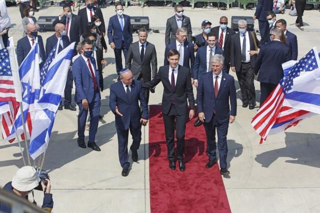 Πρόσω ολοταχώς για την ιστορική συμφωνία Ισραήλ-ΗΑΕ