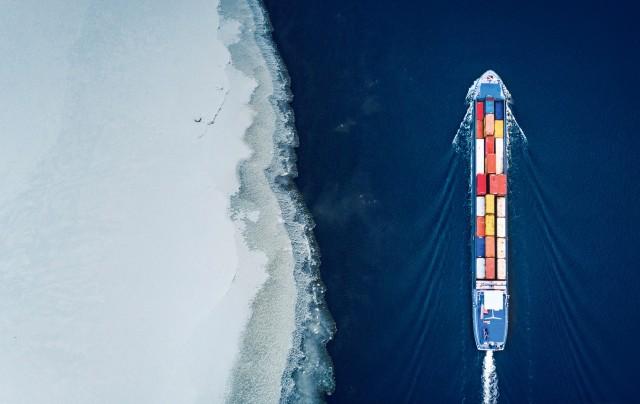 Κλιματική αλλαγή: Πώς αύξησε τη ναυτιλιακή κίνηση στην Αρκτική
