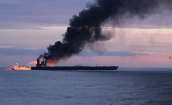 Πυρκαγιά σε δεξαμενόπλοιο: 5 Έλληνες ανάμεσα στα μέλη του πληρώματος