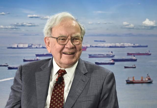Warren Buffett: Οι επενδύσεις στο εμπόριο που προκαλούν εντύπωση