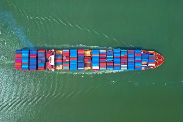 Containerships: Ενισχυμένη η ναυλαγορά