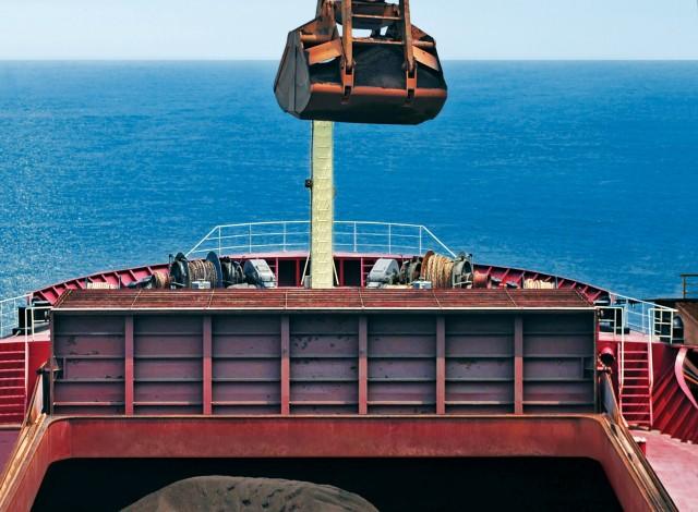 Γιατί οι ναυλωτές πιέζουν για μείωση των εκπομπών άνθρακα