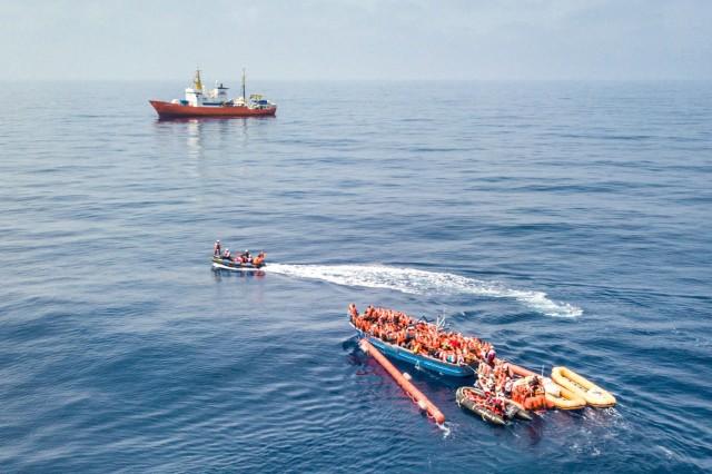 Έκκληση της ναυτιλίας για την ασφάλεια προσφύγων και μεταναστών στη Μεσόγειο