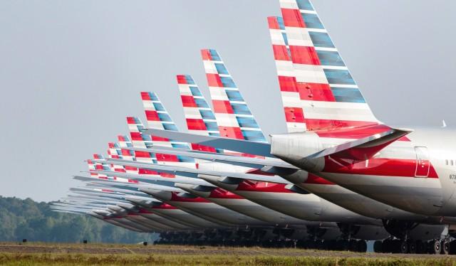 Χιλιάδες απολύσεις στις αερομεταφορές