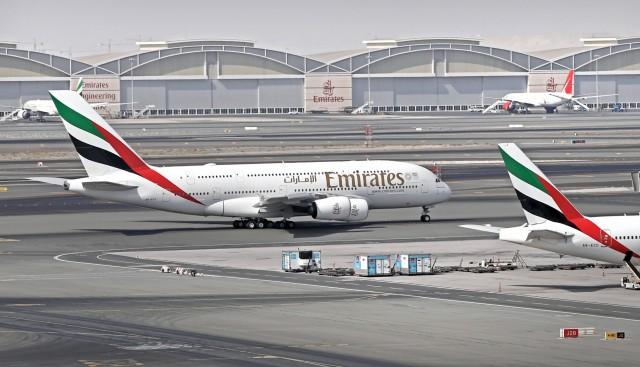 Emirates: Η «πράσινη» μεταφορά του πληρώματος στα αεροσκάφη