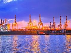 Ρότερνταμ: Φιλόδοξα projects για την ηλεκτροδότηση των πλοίων