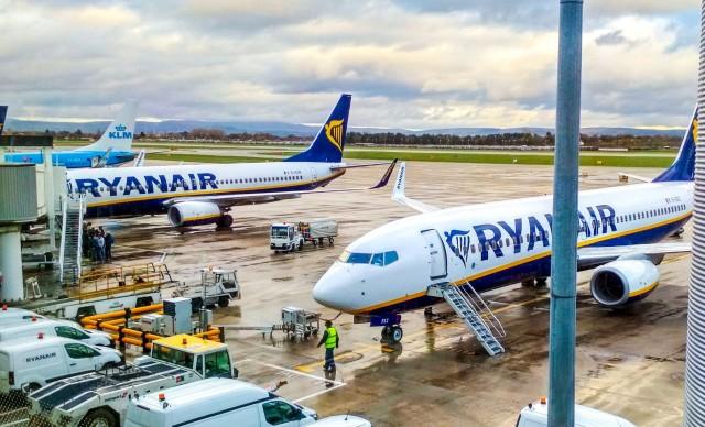 Ryanair: Μείωση αριθμού πτήσεων
