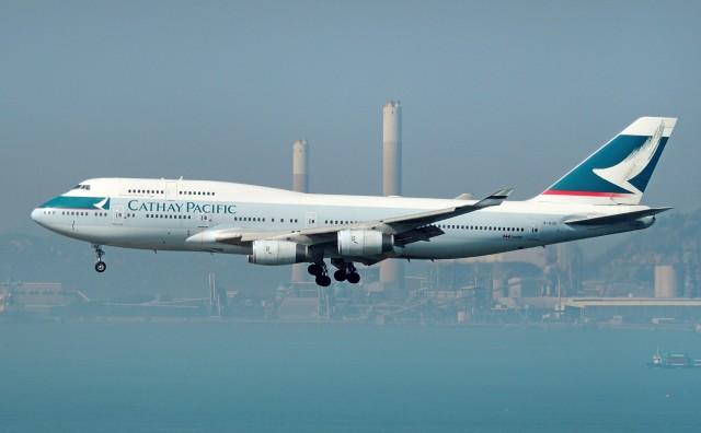 Cathay Pacific: Περικοπές 5.900 θέσεων εργασίας