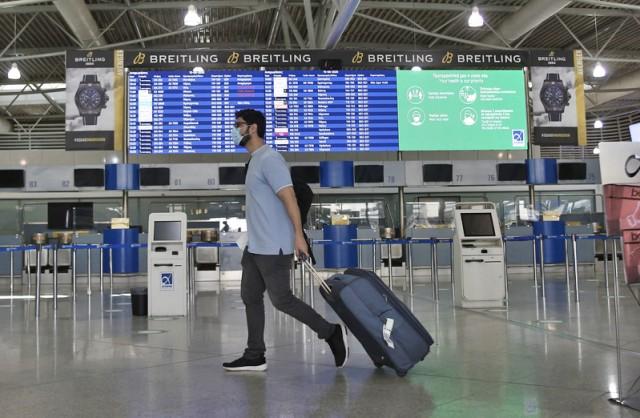 Βουτιά για την επιβατική κίνηση στα αεροδρόμια της χώρας