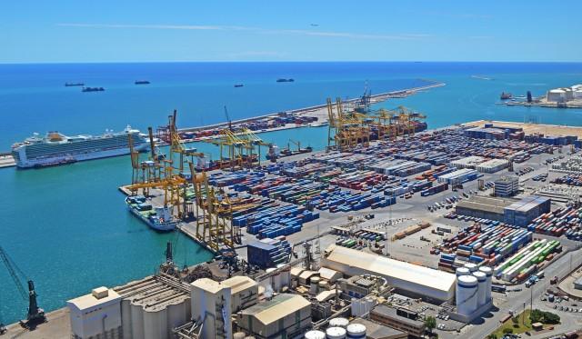 Το λιμάνι της Βαρκελώνης, πιστό στους «πράσινους» στόχους των ΕΕ και IMO