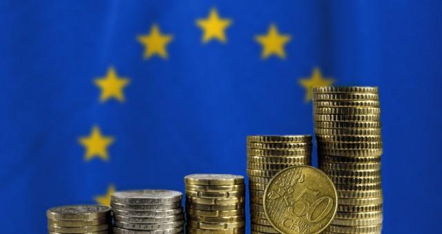 Η Pfizer… έφερε την «άνοιξη» στα ευρωπαϊκά ομόλογα