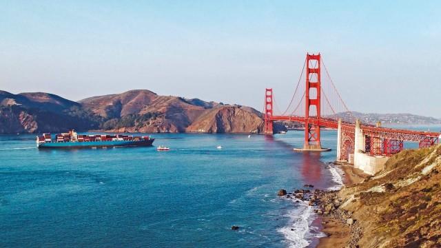 Ατμοσφαιρική ρύπανση από αγκυροβολημένα πλοία: Η αυστηρή στάση της Καλιφόρνια