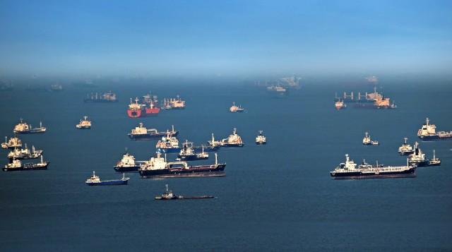 Κίνηση-ματ για την αύξηση των θαλάσσιων μεταφορών προς τον Όρμο της Βεγγάλης