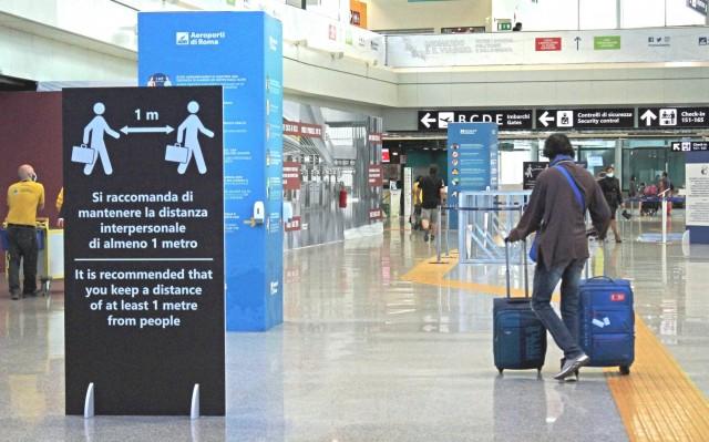 """Ένα """"Covid-free"""" αεροδρόμιο για ταξίδια μεταξύ Ευρώπης και ΗΠΑ"""