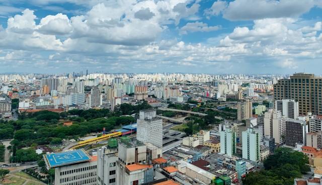 Πτώση στις άμεσες ξένες επενδύσεις σε Κεντρική και Λατινική Αμερική
