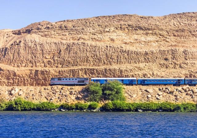Αίγυπτος: Επενδύσεις δισεκατομμυρίων σε σιδηροδρόμους