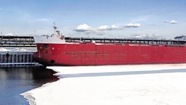 Διελεύσεις πλοίων-ρεκόρ στην Αρκτική