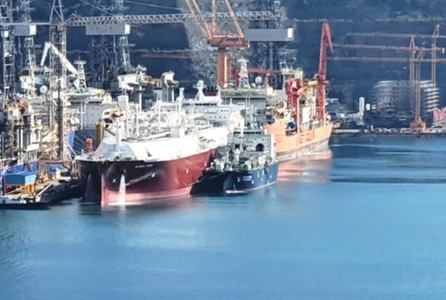 Oλοκληρώθηκε η πρώτη διαδικασία ανεφοδιασμού LNG ship to ship για gas trial