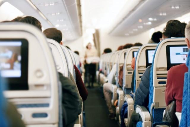 Aeroflot: Ειδικές θέσεις για τους αρνητές της μάσκας