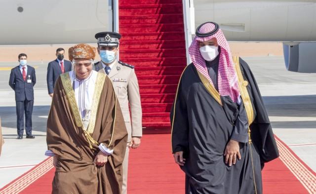 Η Σαουδική Αραβία ξανανοίγει τα χερσαία και θαλάσσια σύνορά της με το Κατάρ