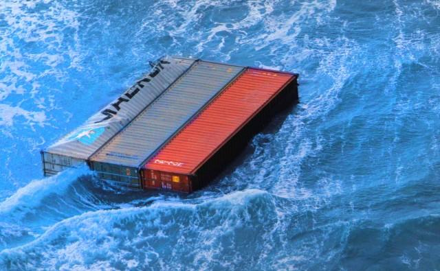 Εκατοντάδες εμπορευματοκιβώτια χάθηκαν (ξανά) στα ύδατα του Βόρειου Ειρηνικού
