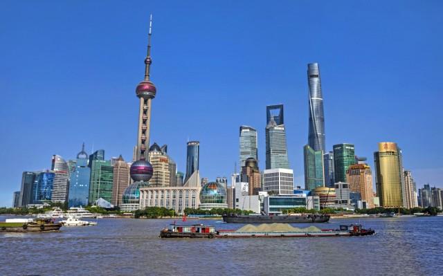 Φρένο στην αναπτυξιακή πορεία της κινεζικής οικονομίας το Q2