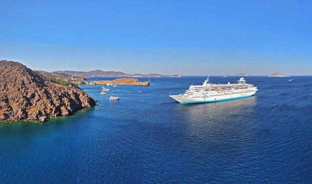 Celestyal Cruises: Στρατηγική συνεργασία με τη Versonix Seaware