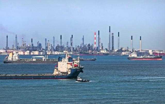 H Ρωσία, δεύτερος μεγαλύτερος προμηθευτής πετρελαίου της Κίνας