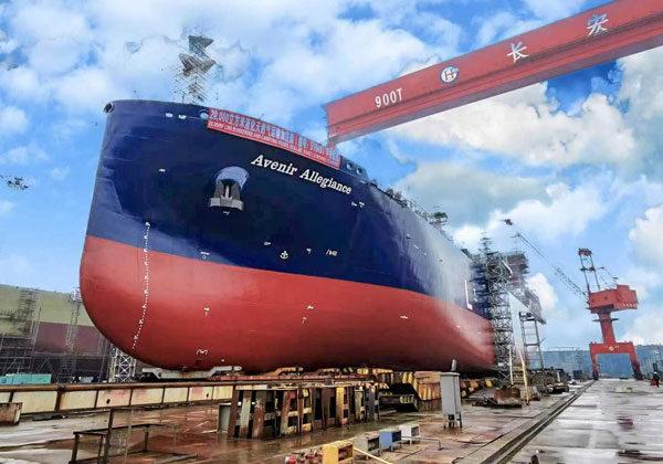 Καθελκύστηκε το μεγαλύτερο LNG supply και bunkering πλοίο