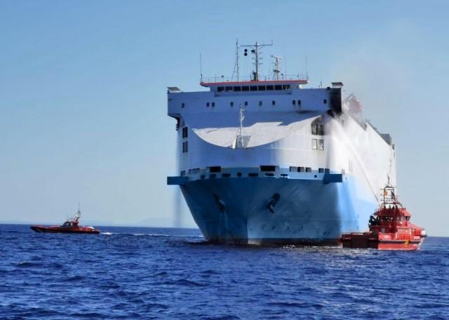 Πυρκαγιά σε Ro-Ro πλοίο στα Δαρδανέλια