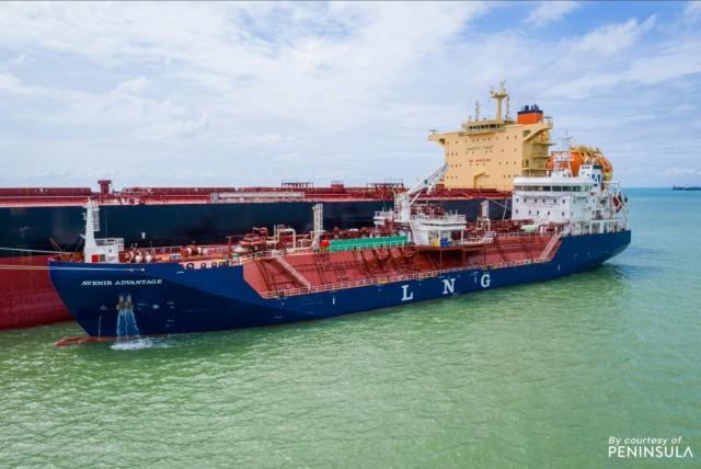 Το πρώτο bunkering στο μεγαλύτερο bulker κατανάλωσης LNG