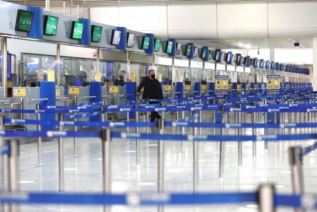 Πτώση 83% της επιβατικής κίνησης στα ελληνικά αεροδρόμια
