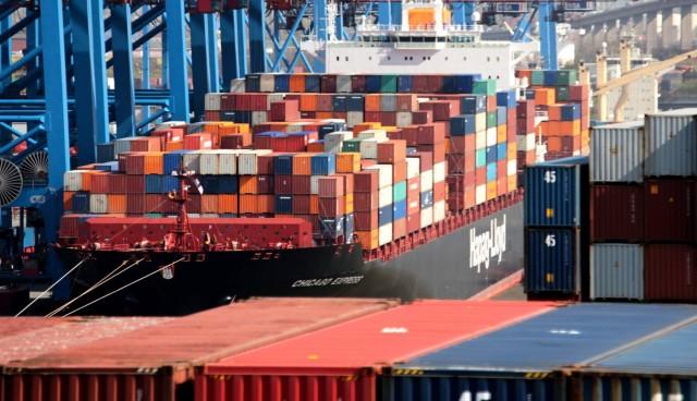 Τα γερμανικά λιμάνια προσελκύουν το ενδιαφέρον των κολοσσών στις τακτικές γραμμές
