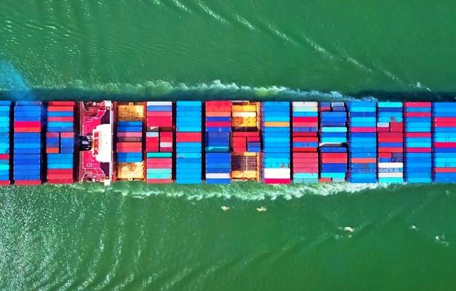 Στην κούρσα των παραγγελιών γιγάντιων πλοίων εμπορευματοκιβωτίων και η Seaspan