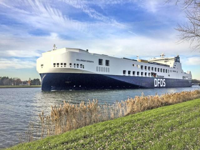 Maersk και DFDS στρέφονται προς την πράσινη αμμωνία ως πιθανό εναλλακτικό καύσιμο