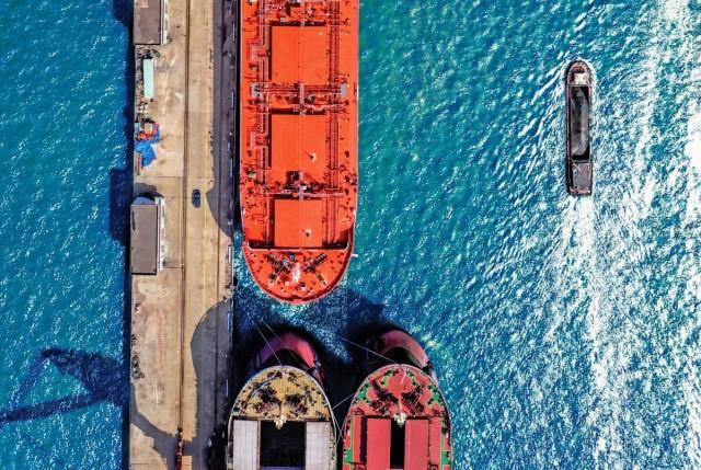 Eagle Bulk Shipping: Αγορά τριών πλοίων Supramax