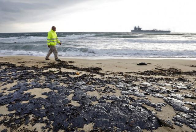 Το Ισραήλ κατηγορεί το Ιράν για την πετρελαιοκηλίδα στις ακτές του
