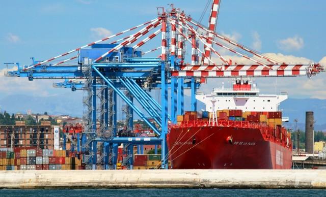 Liner ναυτιλία: Οι καθυστερήσεις στα λιμάνια και τα αίτια