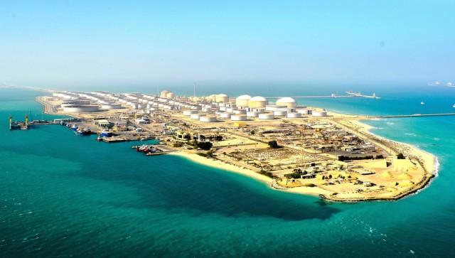 Επίθεση σε τερματικό πετρελαίου στη Σαουδική Αραβία – Πάνω από $70/βαρέλι το πετρέλαιο
