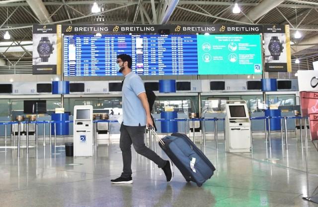 Πτωτικής πορείας συνέχεια για την επιβατική κίνηση στα ελληνικά αεροδρόμια
